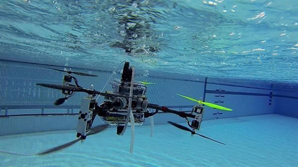 Hem uçan hem yüzen drone: The Naviator