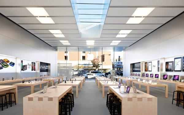 Apple mağazaları, engelli müşterilere yönelik aksesuar satışlarına başlıyor