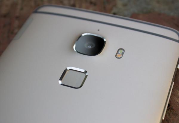 LeTV Max Pro ultrasonik parmak izi okuyucu ile gelebilir