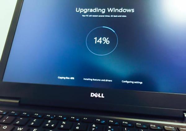 Windows 10 kurulu cihaz sayısı 200 milyonu geçti