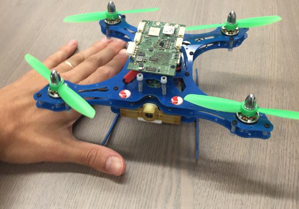 Qualcomm'un akıllı drone'u CES 2016 fuarına uçuyor