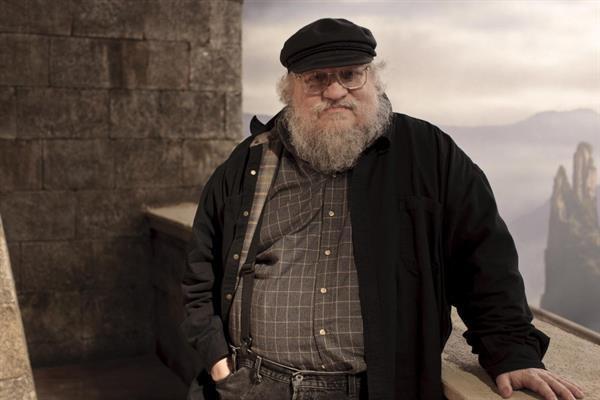 Yeni Game of Thrones kitabı diziye yetişmeyecek