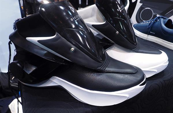 Akıllı telefon destekli ayakkabı isteyen?