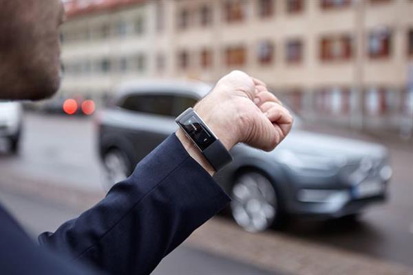 Microsoft Band 2 ile Volvo araçlar iletişim kurabilecek
