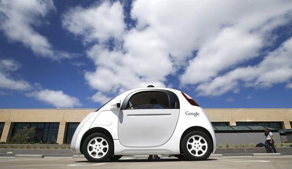 Google'ın otonom aracı insanlardan daha az kaza yapıyor