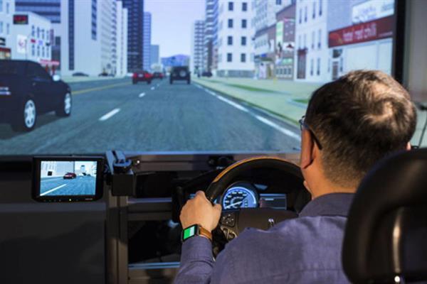 Ford, giyilebilir cihazları otomobillere entegre etmek için çalışıyor