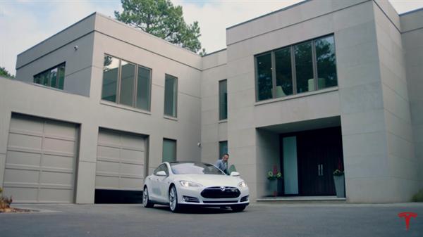 Tesla Motors otonom özellikleri ön plana çıkaran reklam filmini yayınladı