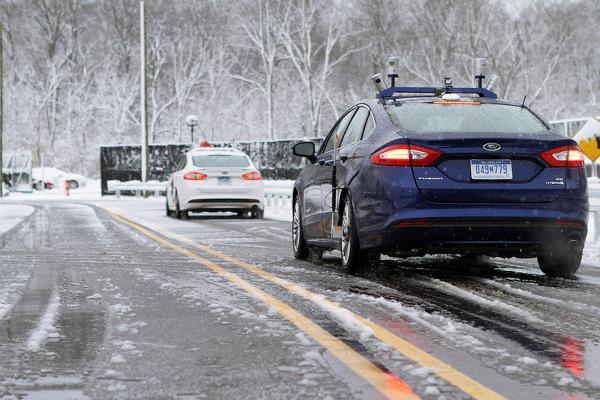Sürücüsüz araçların en büyük engeli kar