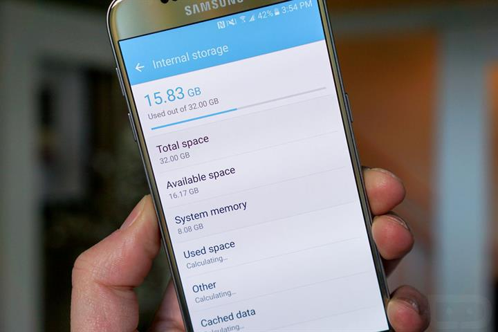 Samsung Galaxy S7 kutudan 8GB kayıp depolama alanıyla çıkıyor