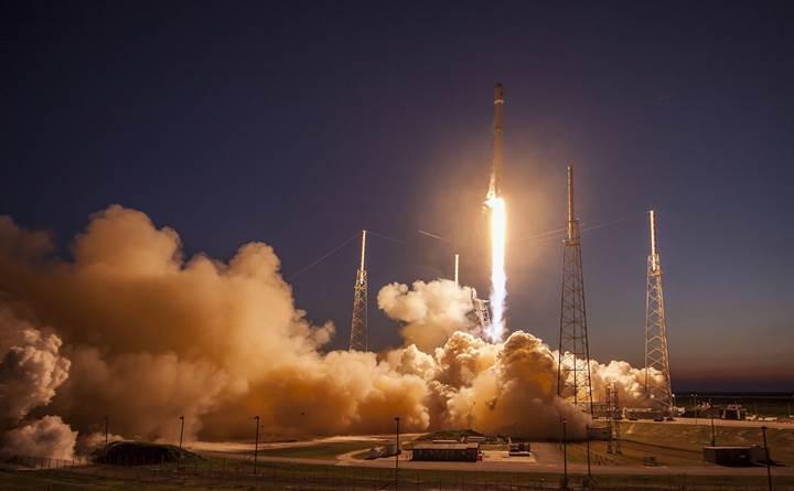 SpaceX Falcon 9'u nihayet beşinci denemesinde fırlattı