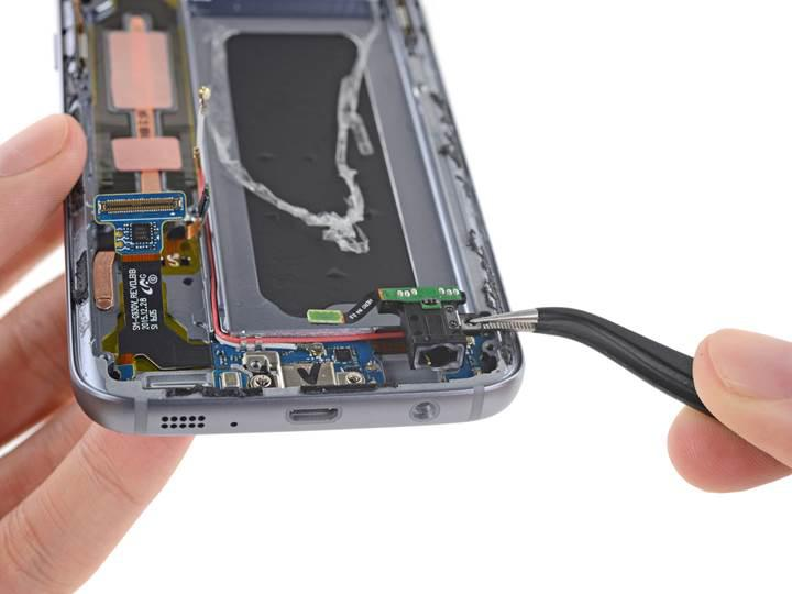Galaxy S7 tamir kolaylığı konusunda sınıfta kaldı