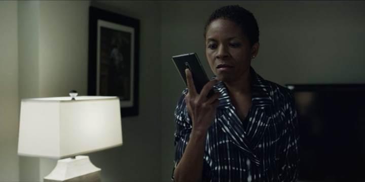 OnePlus, House of Cards'da ürünlerini sergilemek için kesenin ağzını açtı