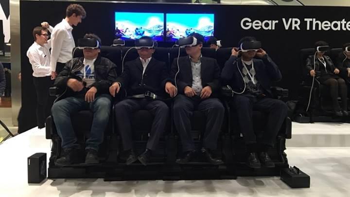 Oculus sayesinde arkadaşlarınızla sanal ortamda buluşabileceksiniz