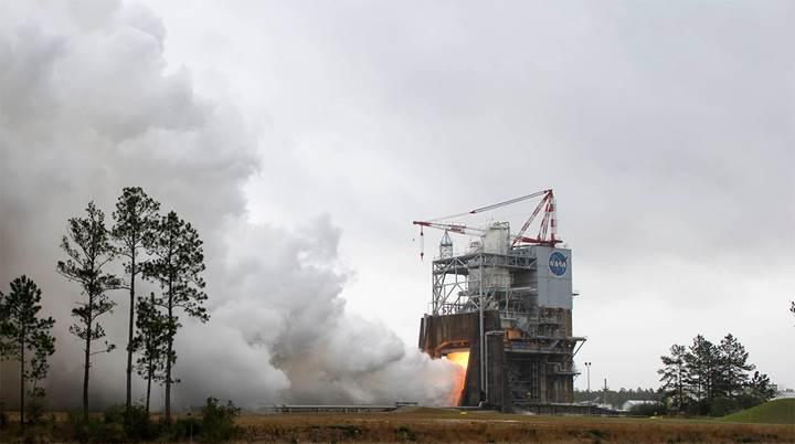 NASA'nın yeni roket motoru testleri uzayın derinliklerine gidiş umudunu arttırdı