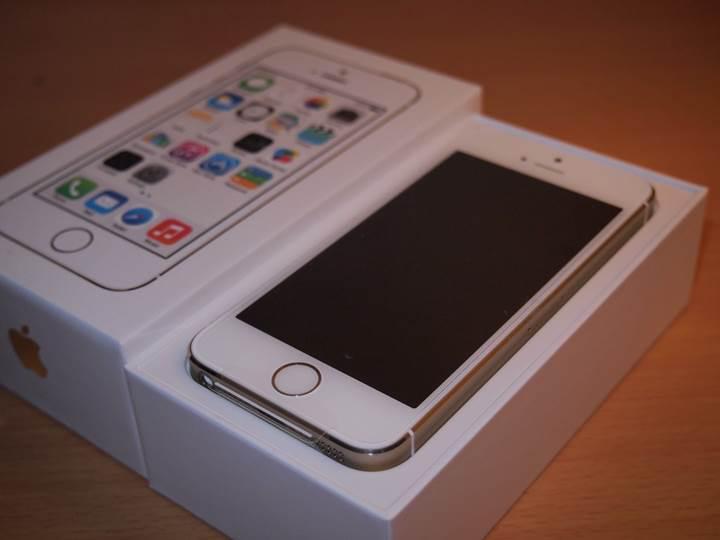 Küçük ekranlı iPhone SE'nin müşteri kitlesi hazır mı?