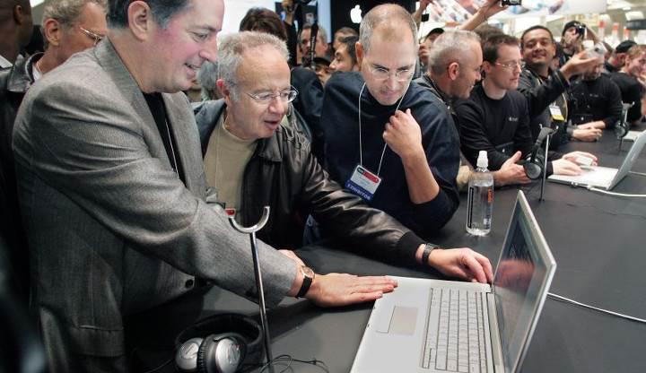 Intel'in efsanelerinden Andy Grove hayatını kaybetti