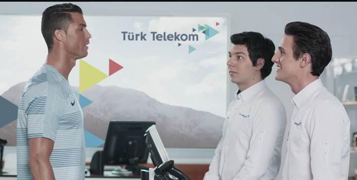 Türk Telekom, Cristiano Ronaldo'yu Türkiye'ye getirdi