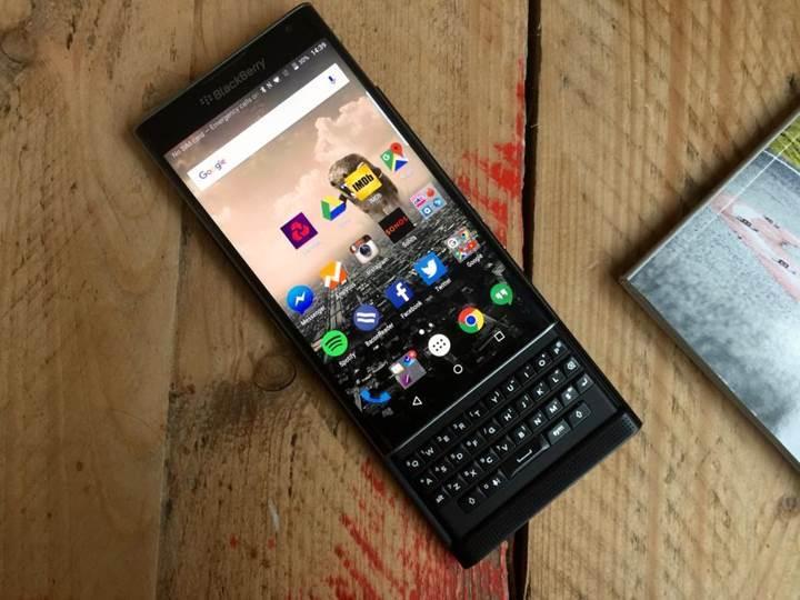 Blackberry Priv için Marshmallow güncellemesi Nisan sonu Mayıs başında geliyor