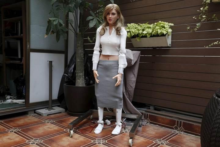 Hong Kong'lu Scarlett Johansson hayranı ünlü yıldızın robotunu yaptı