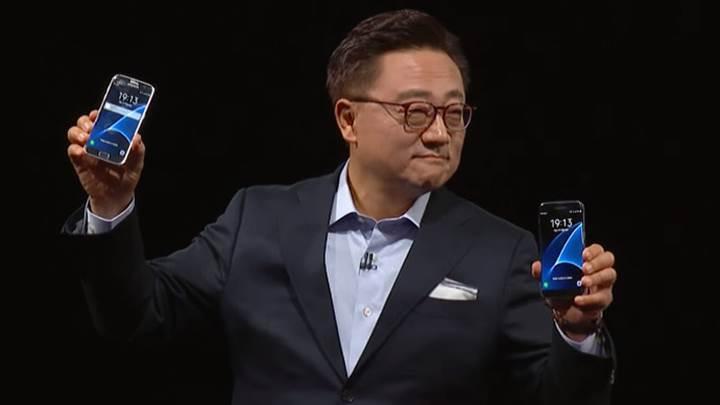 Samsung Galaxy S7 satış başarısı, Galaxy Note 6 lansmanını öne çekebilir