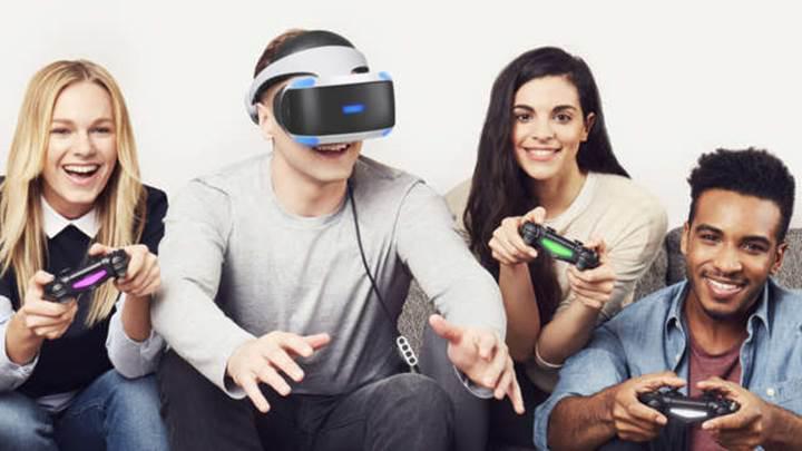 Sony, Playstation VR'ı koltukta oturarak kullanmamızı istiyor