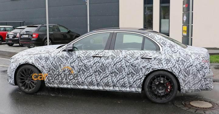 Mercedes'in yeni AMG serisine ait bazı detaylar sızdırıldı