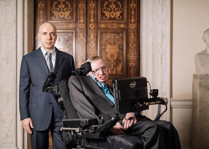 Stephen Hawking'den uzaylı meraklılarına kötü haber