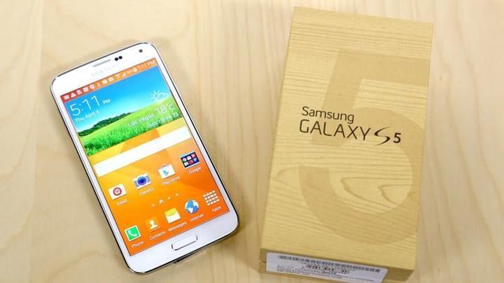 Galaxy S5'in küresel versiyonu Marshmallow almaya başladı