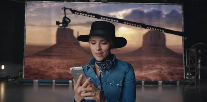 Huawei, Scarlett Johansson'lı P9 reklamını yayınladı