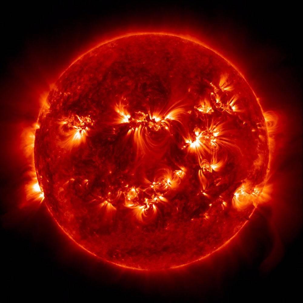 NASA'dan 4K çözünürlükte muhteşem Güneş videosu