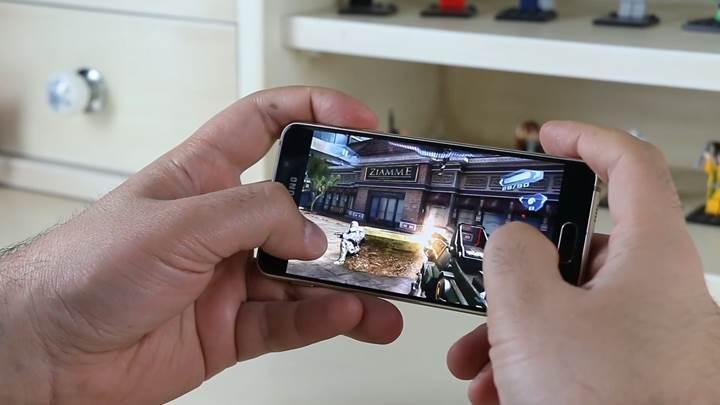 Samsung Galaxy A3 2016 inceleme videosu