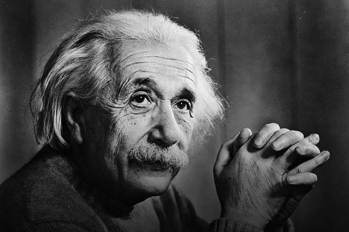 Albert Einstein'ın hayatı dizi oluyor