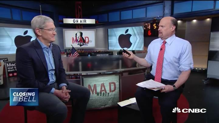 Tim Cook iPhone'lara eklenecek yeni özellikler için çok iddialı konuştu