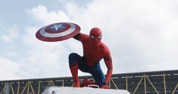 Örümcek-Adam filminde Iron Man de yer alacak