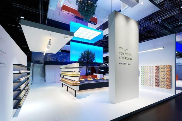 Philips, aydınlatma bölümünü satıyor