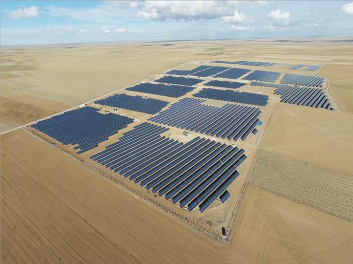 Türkiye'nin en büyük Güneş Santrali hizmete giriyor