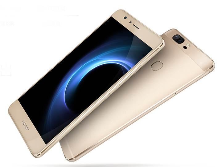 Çift kameralı Huawei Honor V8 resmiyet kazandı