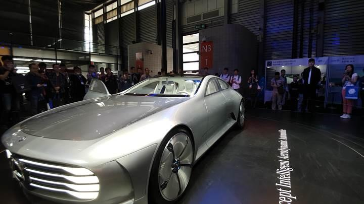 Karşınızda geleceğin otomobili: Mercedes'in yeni harikası