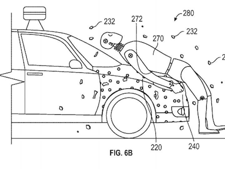 Google'ın sürücüsüz araçlarının çarptığı yayalar kaputa yapışacak