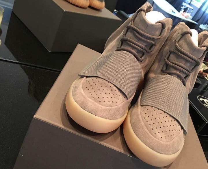 Adidas Yeezy ayakkabılarına bu uygulama ile sahip olun
