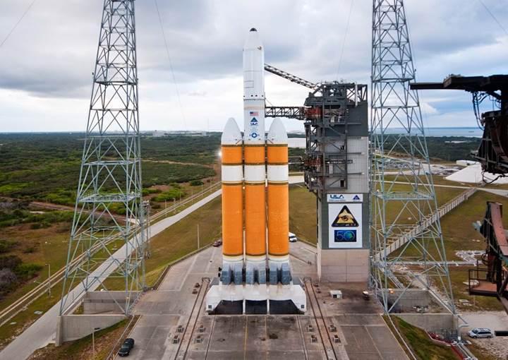 ABD casus uydusunu başarıyla uzaya gönderdi