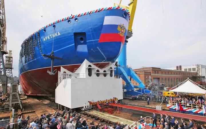 Rusya'dan dünyanın en büyük nükleer buz kıranı: Arktika