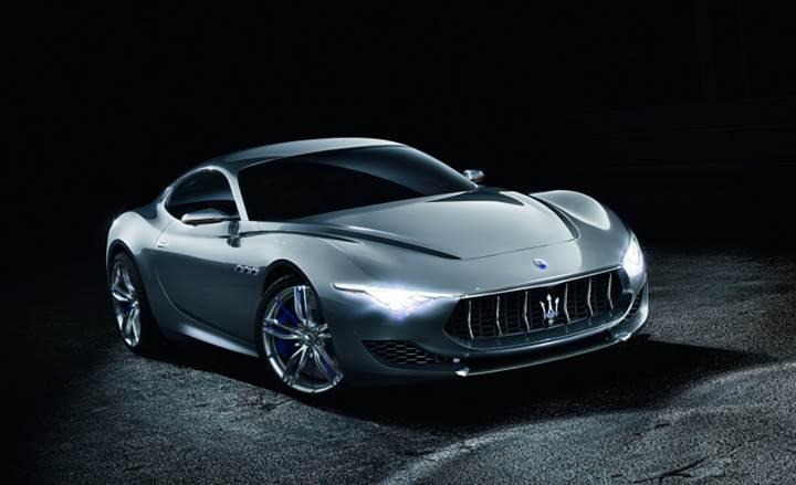Fiat-Chrysler elektrikli Maserati spor arabası fikrini gözden geçiriyor