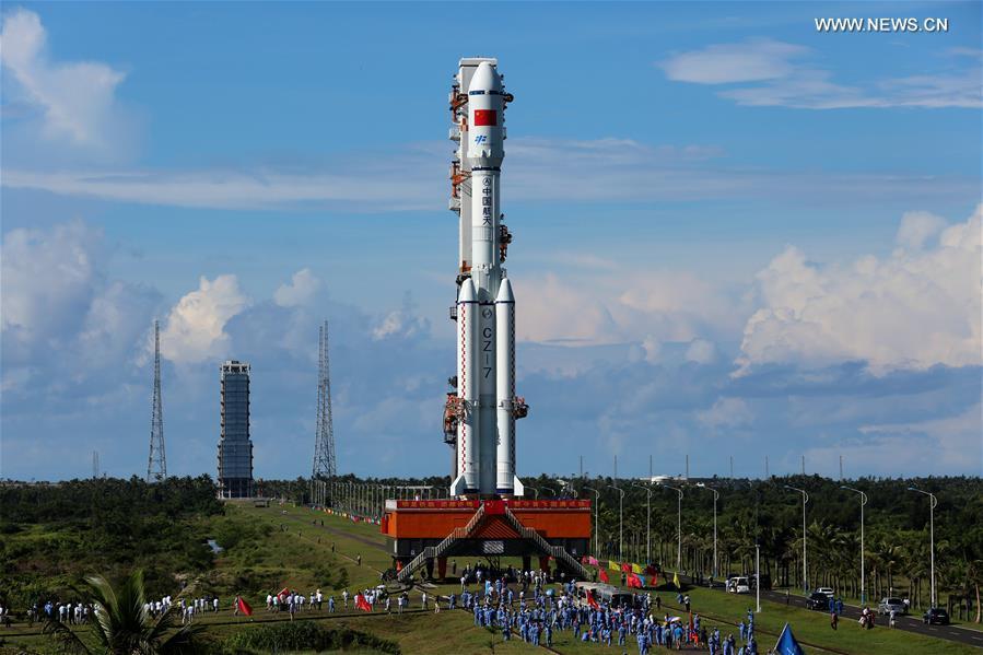 Çin'in yeni nesil roketi işte böyle fırlatıldı (VİDEO)