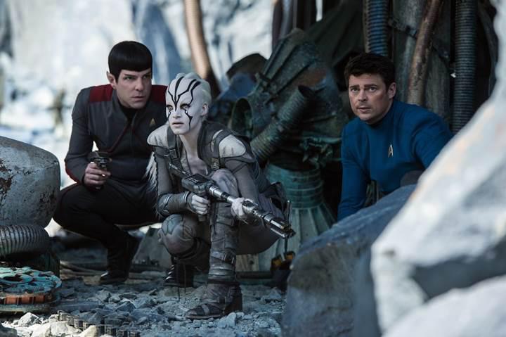 Star Trek Beyond'dan son fragman