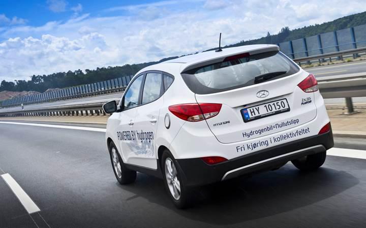 Hyundai ix35 FUEL CELL, rekor bir hıza ve menzile ulaştı