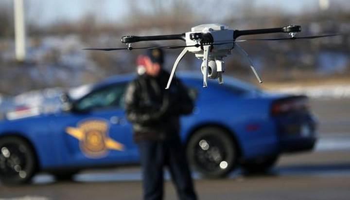 Londra polisi motosikletli hırsızları kovalamak için drone kullanacak