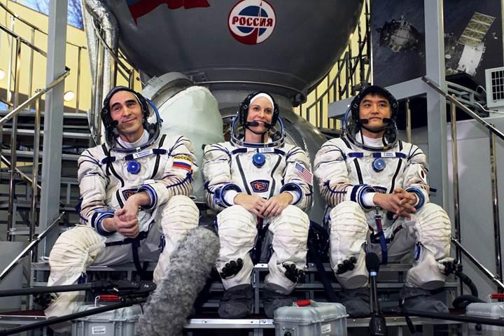 İşte Uzay İstasyonu'nun yeni mürettebatı (VİDEO)