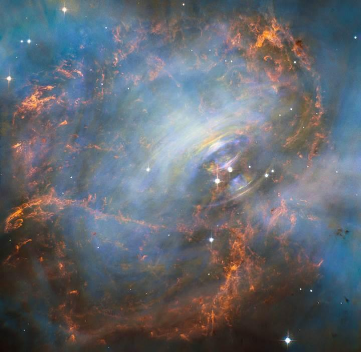 Hubble'dan muhteşem fotoğraf: İşte Yengeç Nebulası'nın 'atan kalbi'