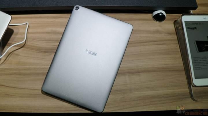 Asus ZenPad 3S 10 resmiyete kavuştu